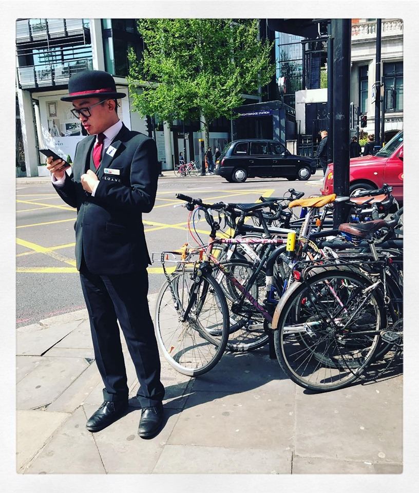 london-street-style-outside-harrods-2019-top-hat