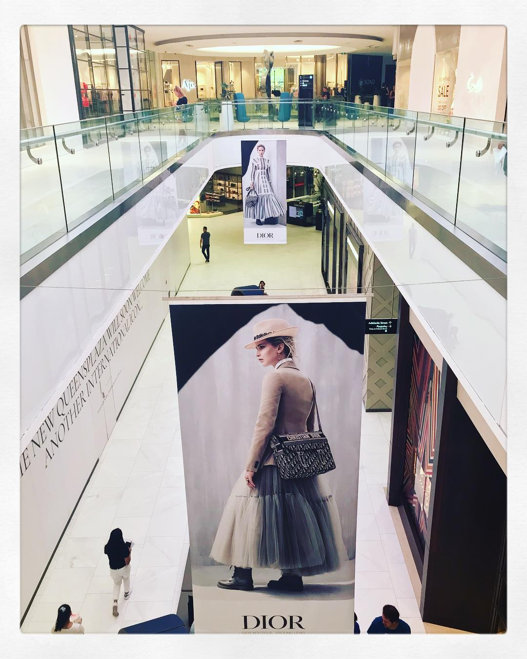 dior-at-queens-plaza-picture-perfect